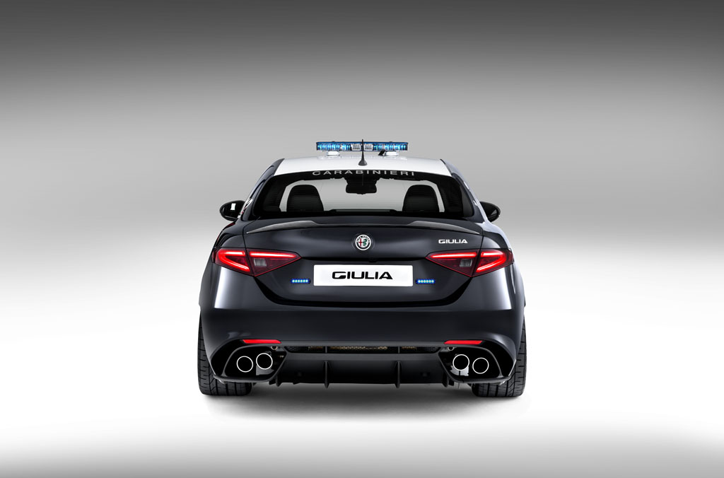 Alfa romeo giulia qv car and driver 18