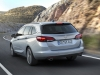 Nuova Opel Astra Sports Tourer station wagon (4)