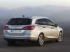 Nuova Opel Astra Sports Tourer station wagon (5)