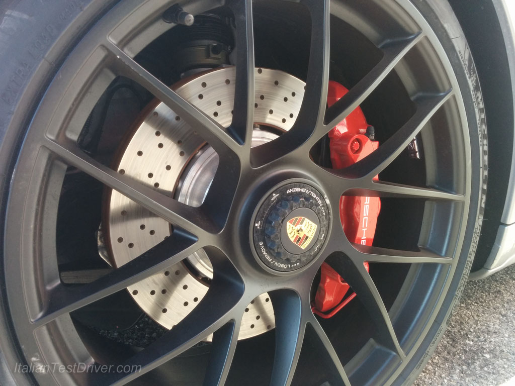 Michelin Pilot Sport 4S and Porsche 911 Carrera GTS (20)