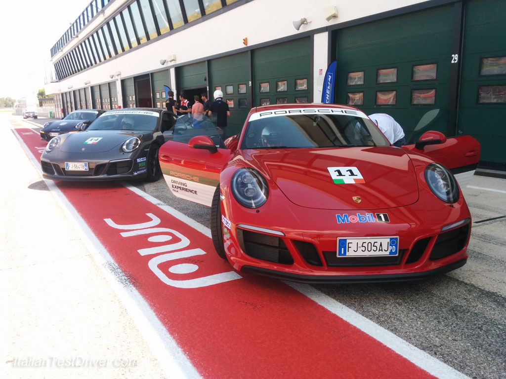 Michelin Pilot Sport 4S and Porsche 911 Carrera GTS (64)