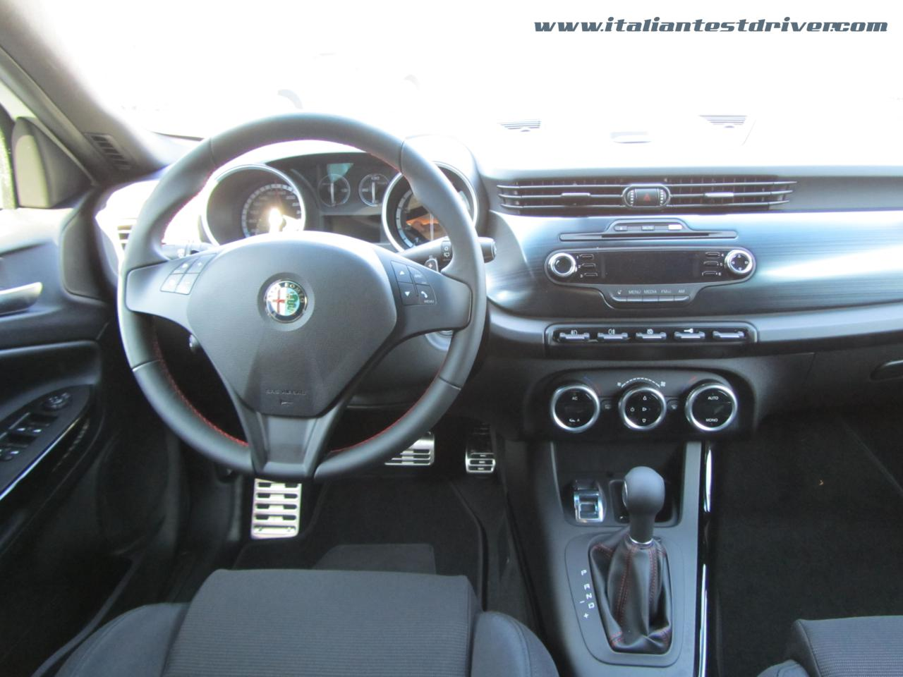 test drive alfa romeo giulietta tct 1 4 tb multiair 170 cv italiantestdriver. Black Bedroom Furniture Sets. Home Design Ideas
