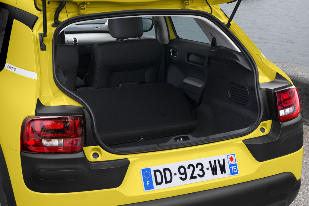 test drive citroen c4 cactus 1 2 82 cv puretech italiantestdriver. Black Bedroom Furniture Sets. Home Design Ideas