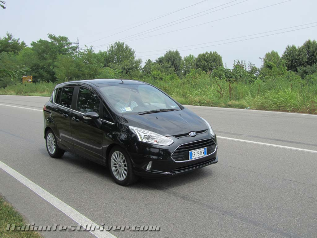 test drive ford b max 1 0 litri ecoboost da 100 cv italiantestdriver. Black Bedroom Furniture Sets. Home Design Ideas