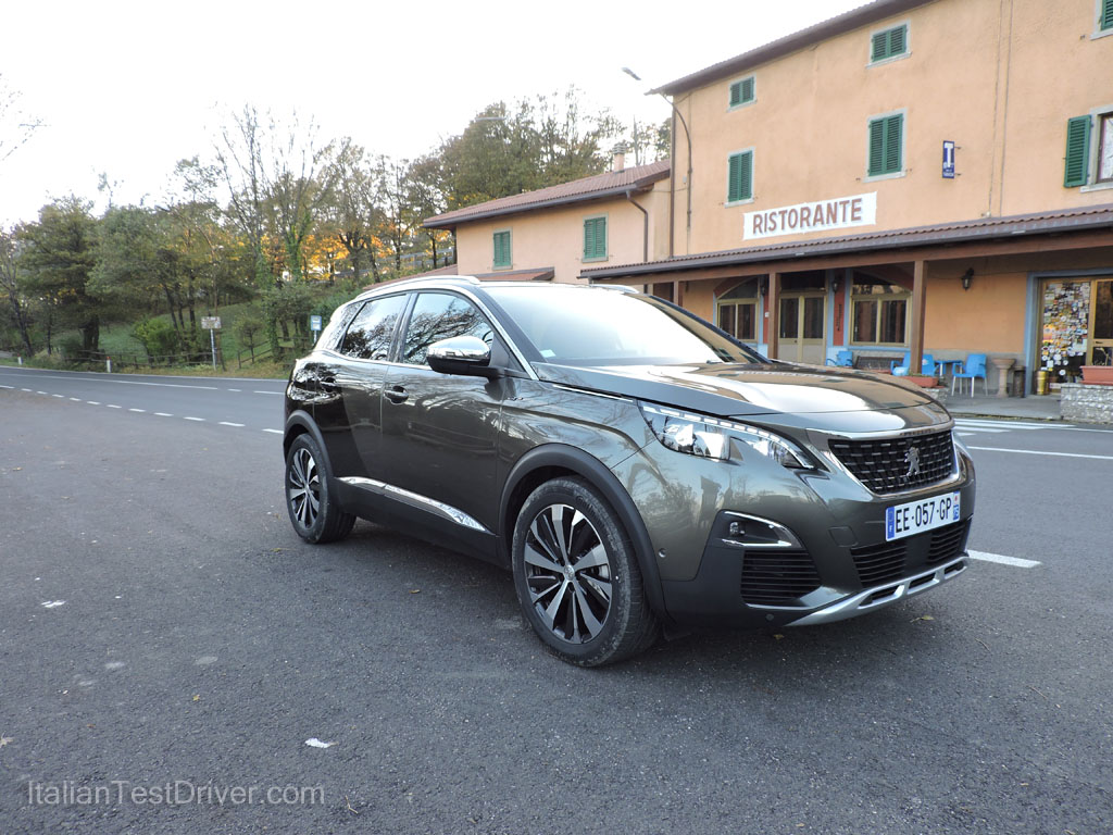 test drive nuova peugeot 3008 gt 2 0 bluehdi 180 cv italiantestdriver. Black Bedroom Furniture Sets. Home Design Ideas