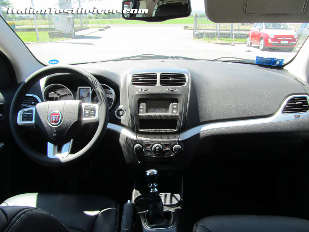 test drive fiat freemont 2 0 da 140 cv e 170 cv interni 1 italiantestdriver. Black Bedroom Furniture Sets. Home Design Ideas