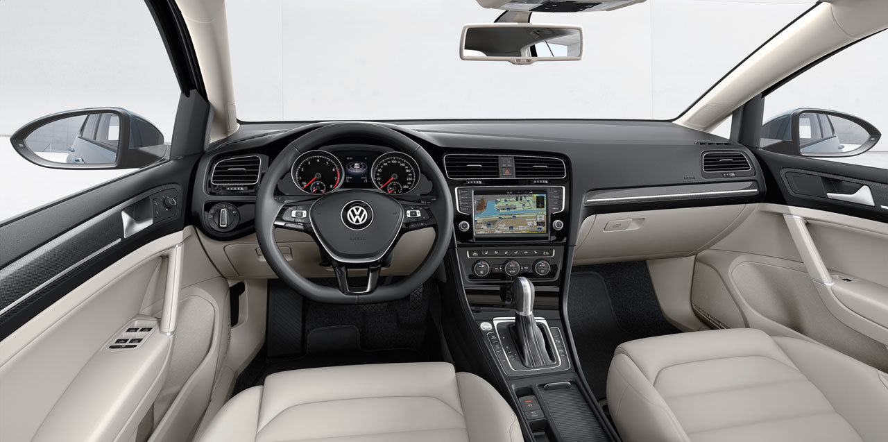 nuova volkswagen golf 7 2013 interni 1 italiantestdriver. Black Bedroom Furniture Sets. Home Design Ideas