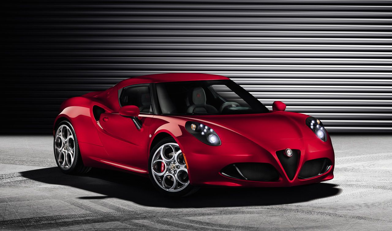 alfa romeo 4c prime immagini ufficiali e informazioni tecniche italiantestdriver. Black Bedroom Furniture Sets. Home Design Ideas
