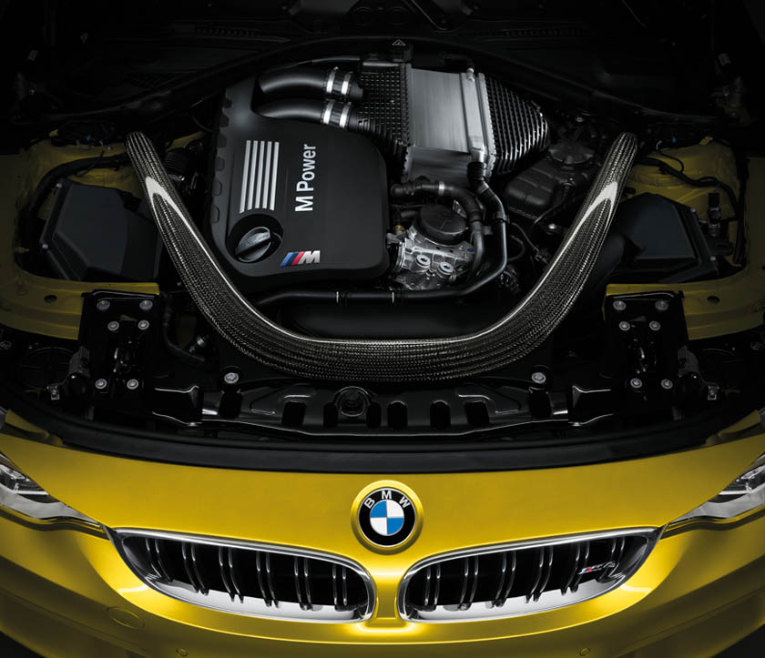 BMW M4 Coupe motore