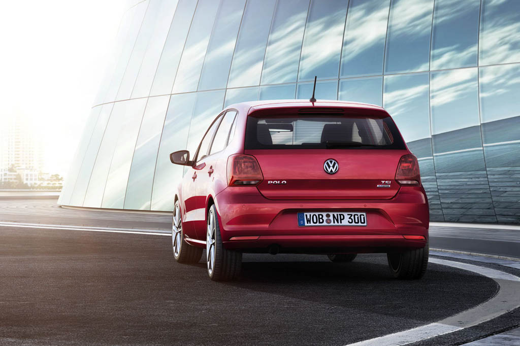 Volkswagen Polo Restyling 2014 (2)