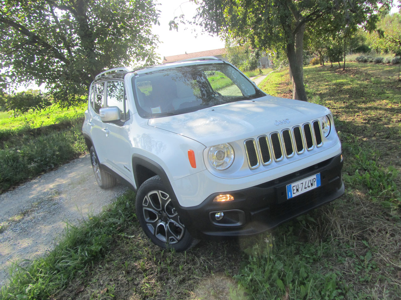 test drive jeep renegade 2 0 multijet 2 140 cv 4x4 italiantestdriver. Black Bedroom Furniture Sets. Home Design Ideas