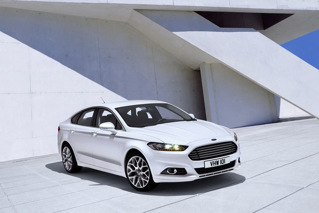nuova ford mondeo 2015 hybrid 1 italiantestdriver. Black Bedroom Furniture Sets. Home Design Ideas