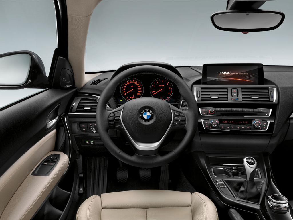 bmw serie 1 restyling 2015 interni 7 italiantestdriver. Black Bedroom Furniture Sets. Home Design Ideas