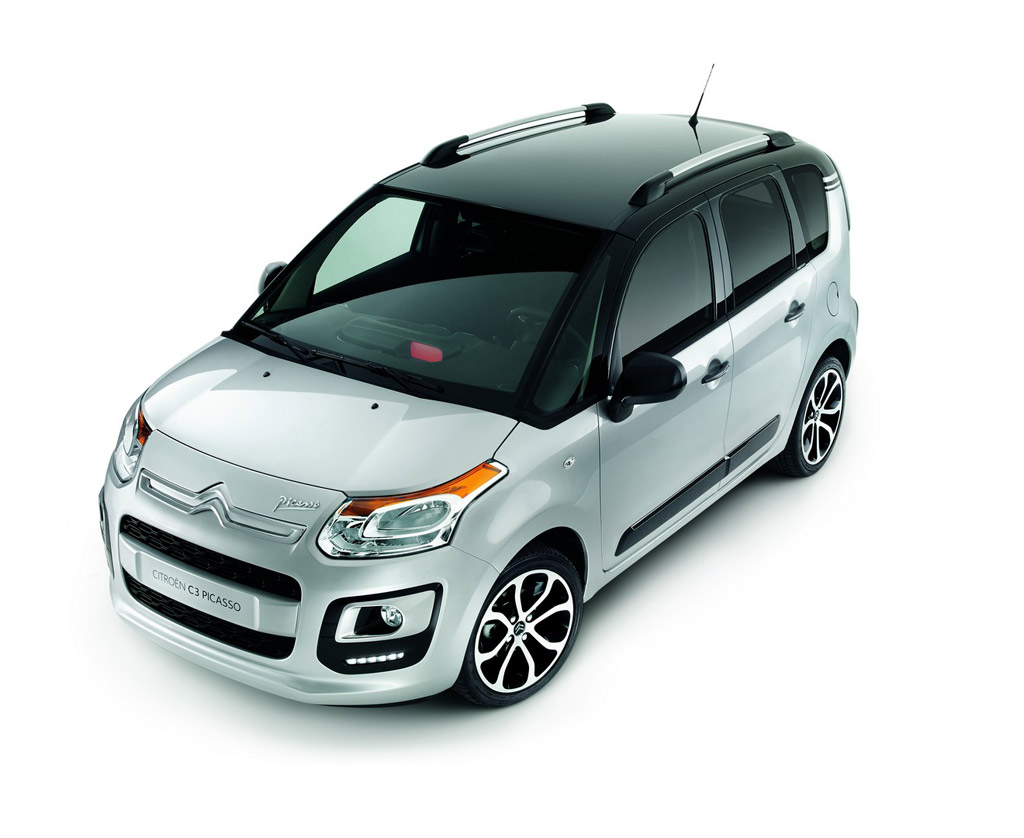 Citroen-C3-Picasso-Exclusive-Cinema-3