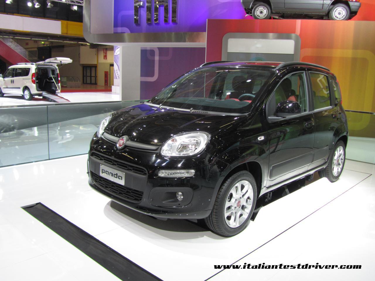 motor show di bologna 2011  live   nuova fiat panda