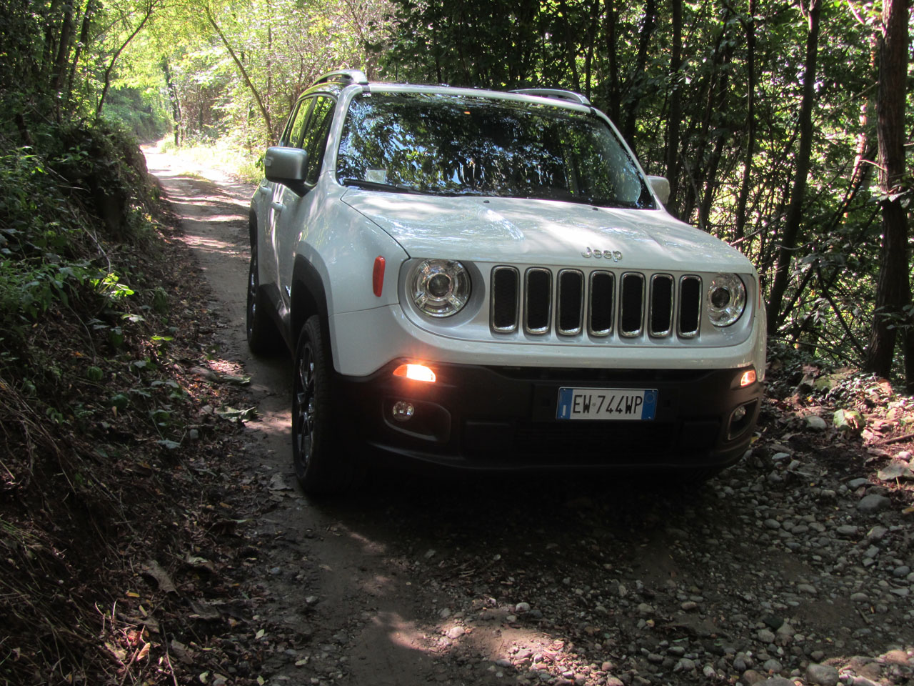 test drive  jeep renegade 2 0 multijet-2 140 cv 4x4