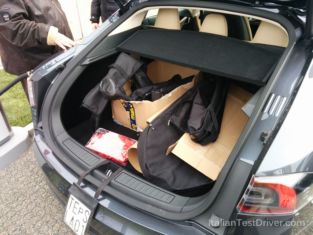 Alfa Romeo Giulia >> Test drive: Tesla Model S 85 kWh Performance ...